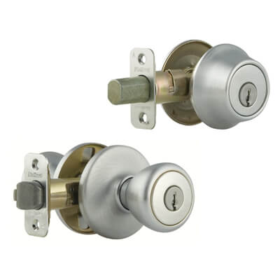 Kwikset SmartKey 690 Tylo Knob with Single Cylinder Deadbolt Combo